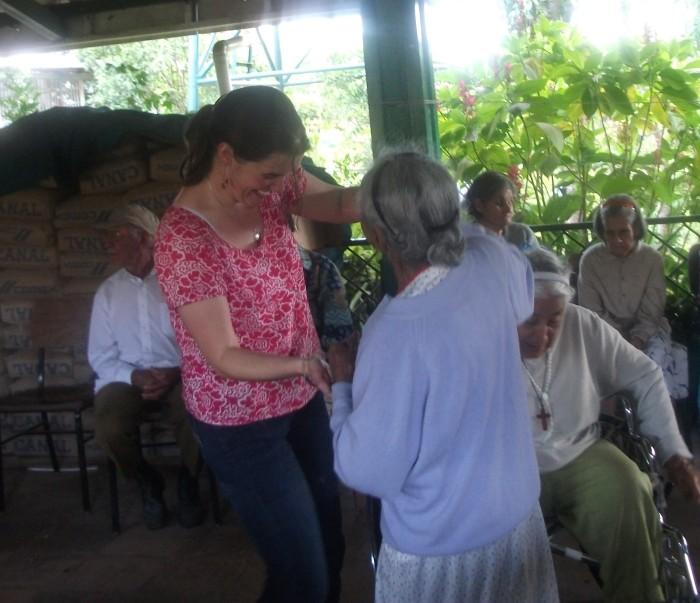 ancianita dance